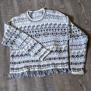 Cozy Vintage Sweater - with Tassels !!